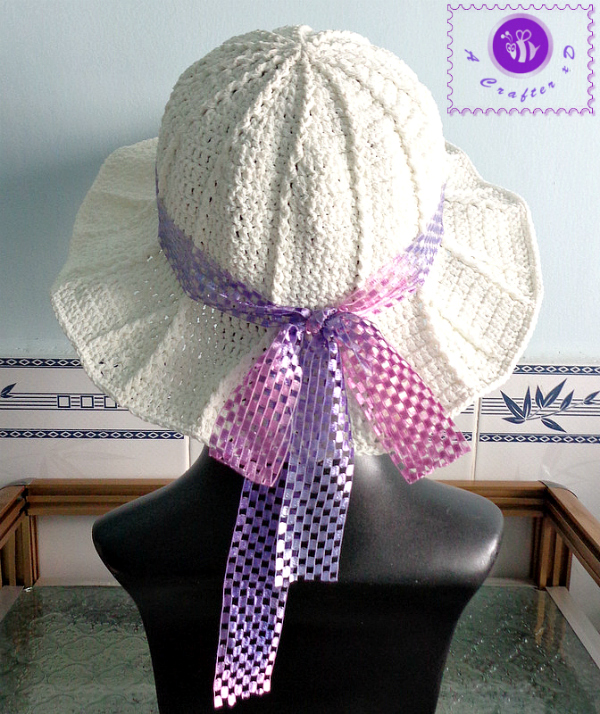 crochet wide brimmed hat